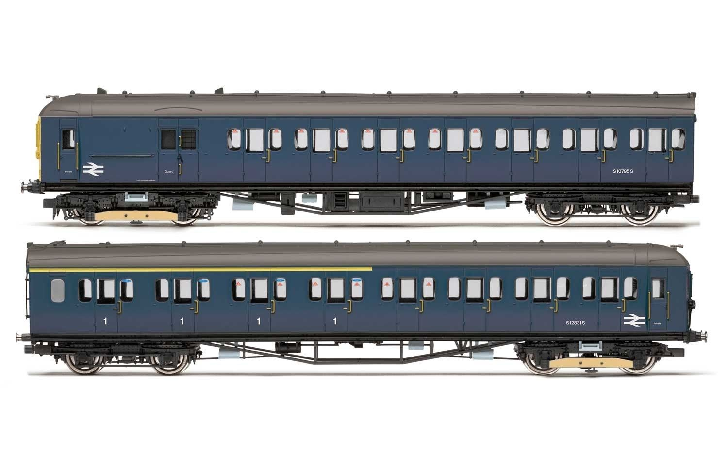 Hornby R3341 BR Class 402 2677 Image