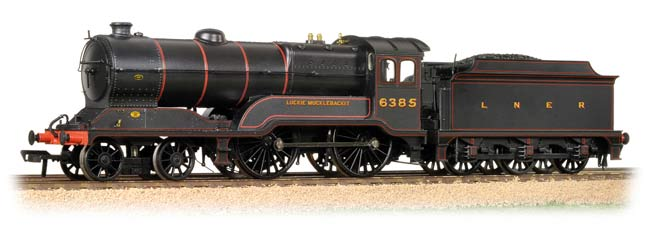 Bachmann 31-137 LNER D11/2 Scottish Director 6385 Luckie Mucklebackit Image