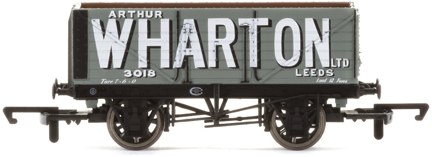 Hornby R3671 6 Plank Wagon 3018 Image