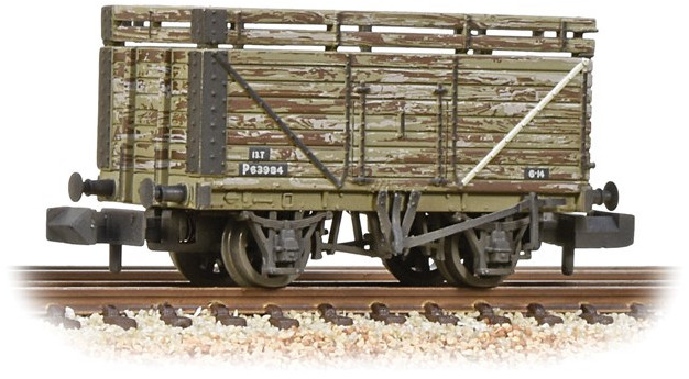 Graham Farish 377-207 8 Plank Wagon British Railways P63984 Image